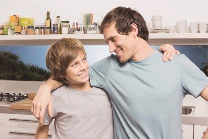 Cómo hablar a los hijos sobre el alcohol y a qué edades