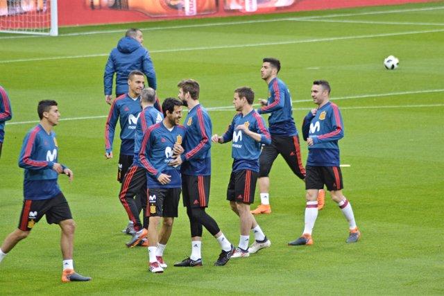 La selección española durante un entrenamiento