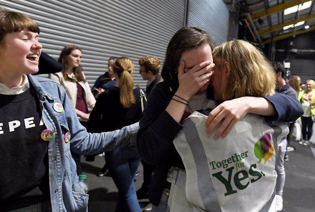 Simpatizantes del 'Sí' en el referéndum sobre el aborto de Irlanda