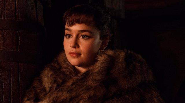 Emilia Clarke en Han Solo: Una historia de Star Wars