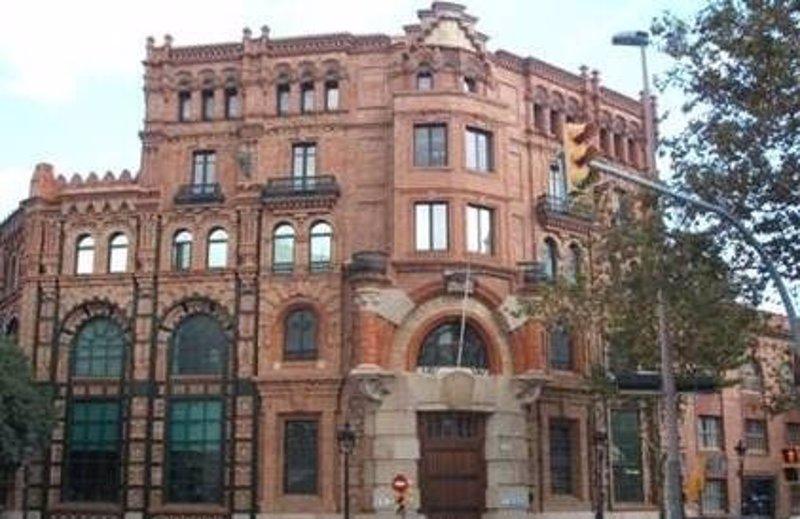 Endesa invierte euros en la adecuaci n de sus for Oficinas endesa barcelona