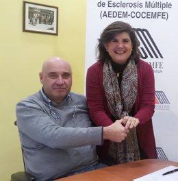 AEDEM-COCEMFE dona 50.000 euros a la investigación contra esclerosis múltiple