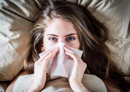 ¿Cómo minimizar los síntomas de la alergia primaveral en los ojos?