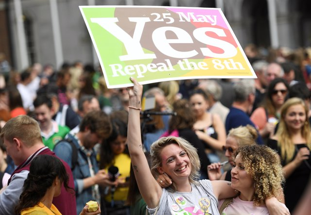 Women celebrate the result of yesterday's referendum on liberalizing abortion la