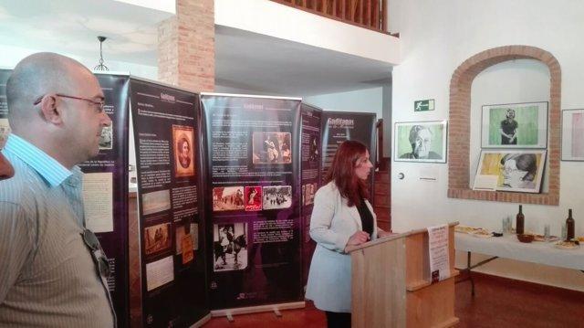 Inauguración de mujeres represaliadas por el franquismo en El Gastor