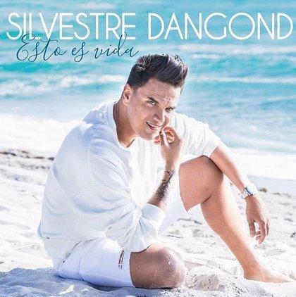 Silvestre Dangond estrena su nuevo álbum 'Esto es vida' y no se libra de los memes en redes sociales