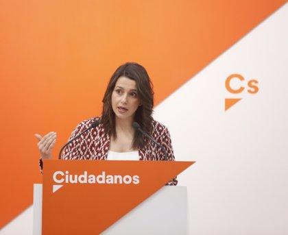 """Arrimadas cree que el """"mejor escenario"""" es que Rajoy comprometa anticipo electoral y Sánchez retire así su moción"""