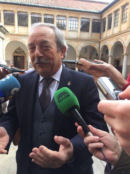 """El alcalde reconoce que """"no le sorprende"""" la sentencia que obliga a readmitir a los trabajadores de la SOF"""