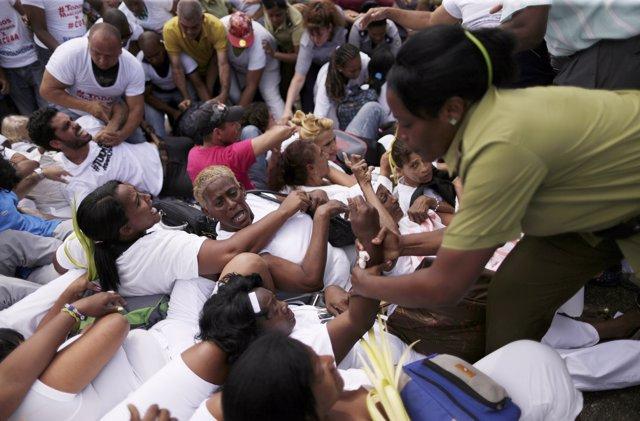 Detenciones, policía, Cuba