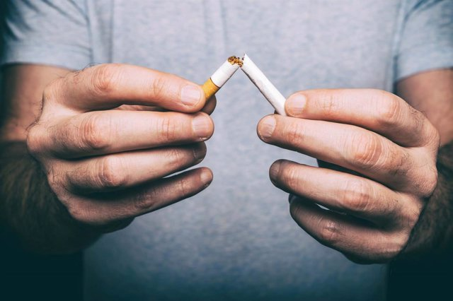 Dejar de fumar. Antitabaco. Abandonar el tabaco