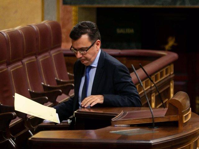 El ministerio de Economía, Industria y Competitividad, Román Escolano