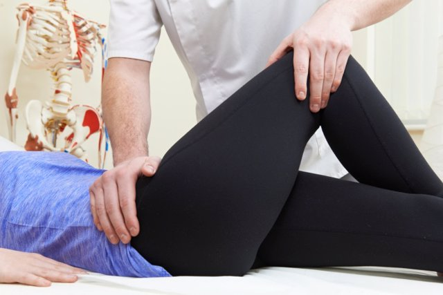 Osteopatía, osteópata, masaje, fisioterapia, fisioterapeuta, lesión,