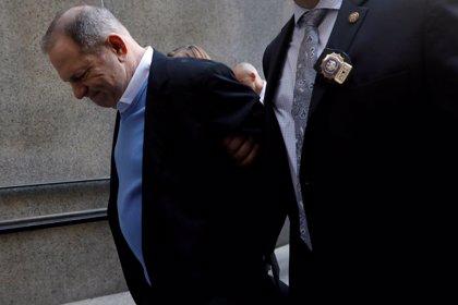 Un jurado de EEUU imputa por violación a Harvey Weinstein