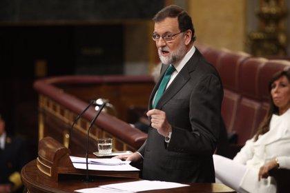"""Rajoy acusa a Sánchez de intentar gobernar """"escapando de la gente"""": """"Sabe que en las urnas no ganará nunca"""""""