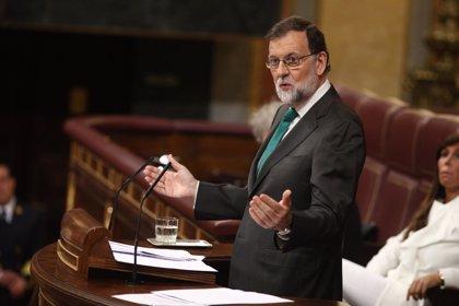 """Rajoy ironiza con que Sánchez mantenga los PGE del PP y que Podemos se los tenga que """"comer con patatas"""""""