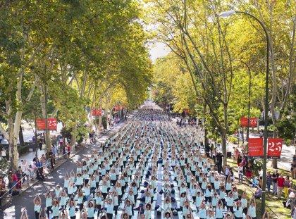 El Paseo del Prado acoge este domingo una masterclass de 'Active Yoga' para fomentar una vida sana y activa