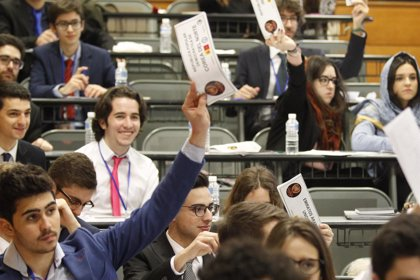 Las empresas madrileñas prevén contratar más perfiles universitarios que el resto de España en los próximos años