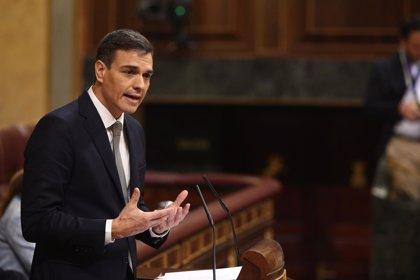 Sánchez habla sobre pobreza, dependencia e igualdad durante la moción de censura y Rajoy se centra en la política