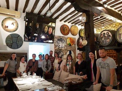 Turoperadores y periodistas húngaros visitan Cantabria