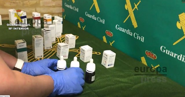 Material intervenidos en los registros de la Guardia Civil