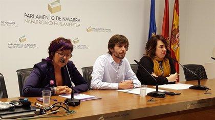 """Tere Sáez (Podemos) cree que el cambio de nombre es """"una traición"""" y valorarán """"cómo se quedan en el Parlamento"""""""