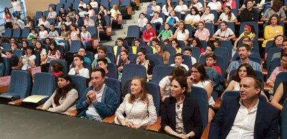 El X Certamen de Centros Bilingües de Inglés reúne en El Ejido a 14 institutos de Almería