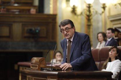 Esteban (PNV) anuncia el apoyo a la moción de censura y avisa que no se toquen los PGE en el Senado