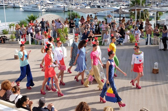 c608079a282 Comienza la II Sherry Fashion Week con los desfiles de Ágatha Ruiz de la  Prada y Francis Montesinos