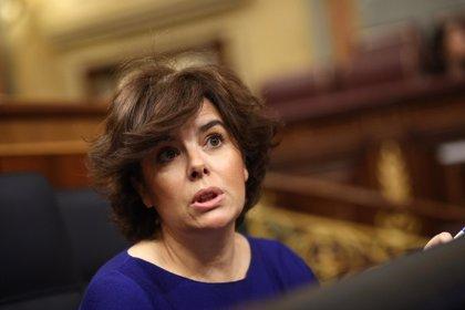 Santamaría justifica la ausencia de Rajoy en la moción de censura alegando que el protagonista es Pedro Sánchez