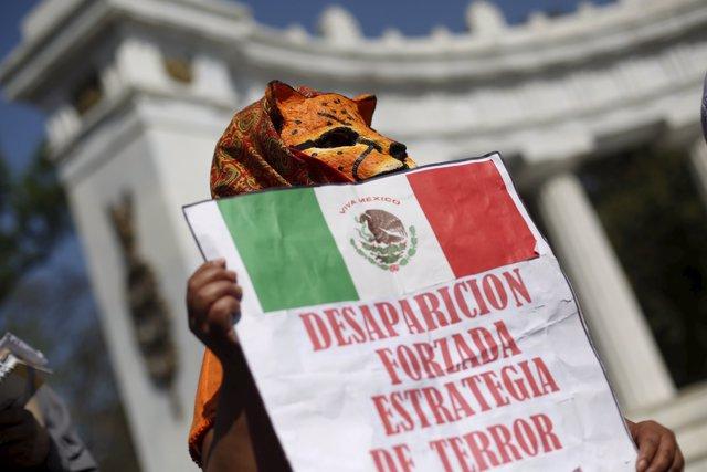 Protesta contra la desaparición forzosa en México