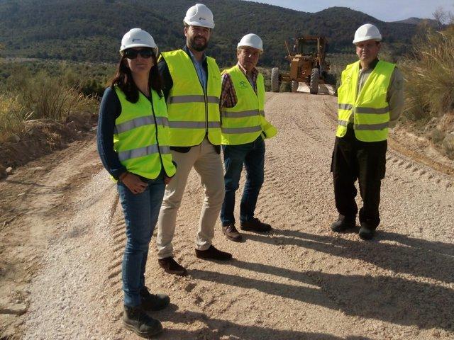 Visita a la intervención en una vía pecuaria de Bedmar, en Sierra Mágina.