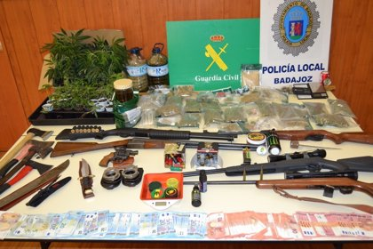 Desmantelados en Badajoz y Novelda cinco puntos relacionados con el cultivo, elaboración venta de drogas
