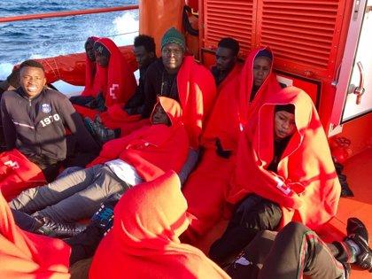 """Apdha critica el """"abandono a su suerte"""" de inmigrantes por """"saturación"""" de los CIE de Cádiz"""