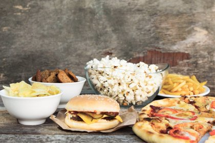 Publicidad de comida basura y obesidad vuelven a relacionarse en este estudio