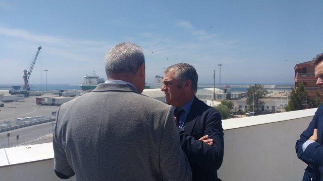 Consejero de Empleo, Empresa y Comercio de la Junta, Javier Carnero, en Motril