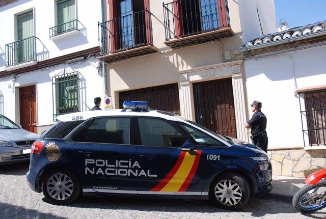 """Policia Nacional Nota De Prensa Con Foto """"Rescatadas Siete Personas De Una Misma"""