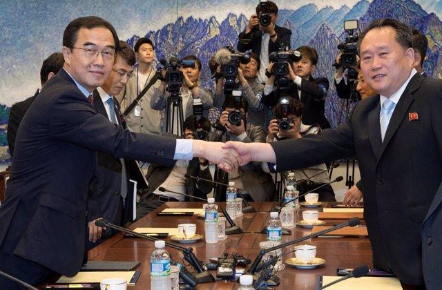 Reunión de delegados de las dos Coreas en Panmunjom
