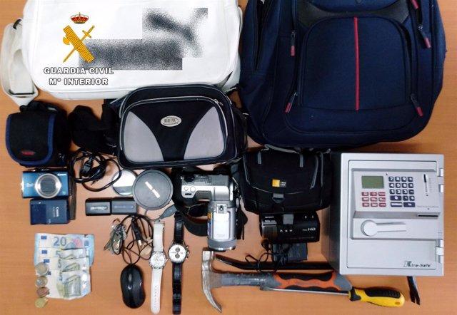 Rdo. Nota De Prensa (La Guardia Civil Intercepta Un Autobús En Castro Urdiales P