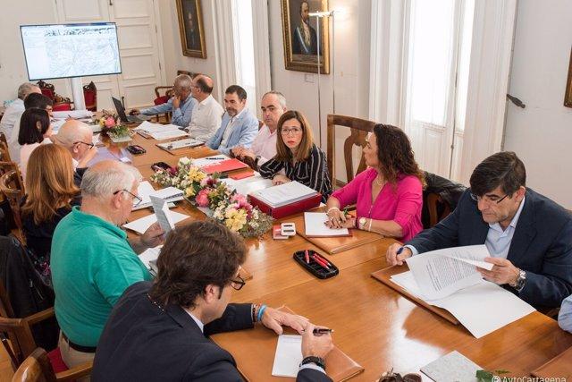 Reunión de la Mesa de Trabajo sobre la llegada del AVE a Cartagena