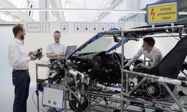 Formación de ingenieros para vehículos eléctricos de Volkswagen