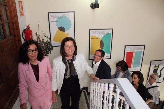 Sánchez Rubio visita la sede de Cruz Roja en Almería junto a Mar Pageo