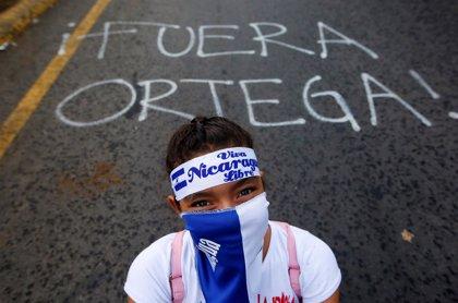 """La oposición nicaragüense anuncia nuevas protestas contra Ortega tras """"la peor masacre en tiempos de paz"""""""