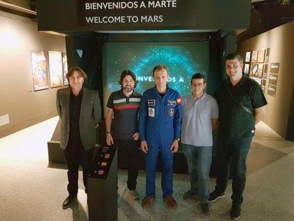 La UV diseña un visor holográfico para 'viajar' a Marte desde el Príncipe Felipe e imaginar la vida en el planeta