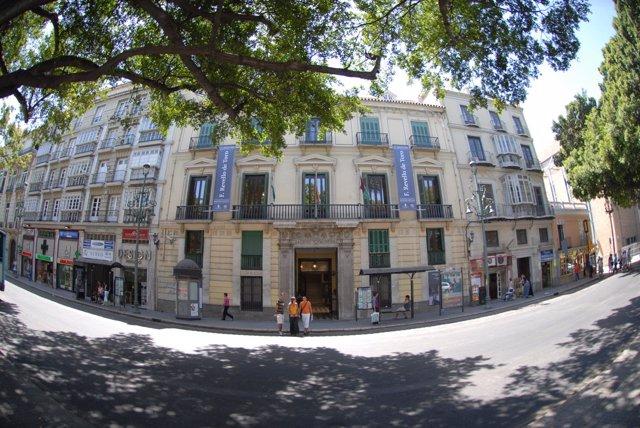 El Ayuntamiento De Málaga Informa: El Archivo Municipal Conmemora El Día Interna