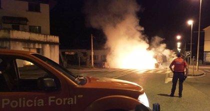 Dos barricadas cortan sendas carreteras en Etxarri Aranatz e Iturmendi