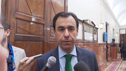 """Maillo (PP): """"Hace mucho tiempo que no entendemos a Aznar cuando habla"""""""