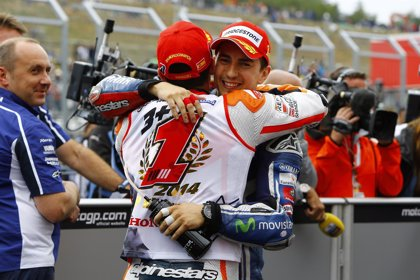 Lorenzo ficha por el Repsol Honda por dos temporadas