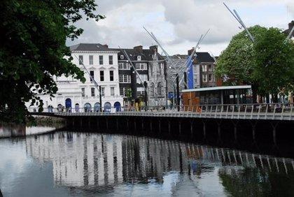 Martín presenta en Cork los atractivos turísticos de Cantabria