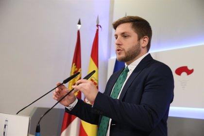 """Gobierno C-LM cree que PP regional """"se va a pelear más por que Cospedal no pierda una silla"""" que por los ciudadanos"""