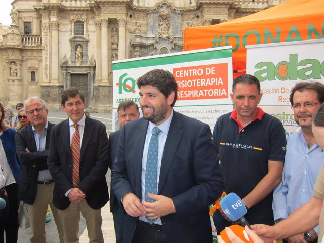 El presidente del PP regional y del Gobierno murciano, Fernando López Miras